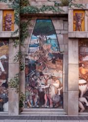 Espace Diego Rivera : façade préhispanique, l'arrivée d'Hernan-Cortes à Veracruz.