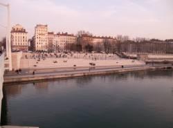 Les Berges du Rhône vues depuis le Pont de la Guillotière