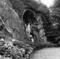 """[Statue de Jean Kleberger, dit """"Le Bon Allemand"""" ou """"L'Homme de la roche""""]"""