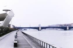 Le pont de l'Université. 5/5
