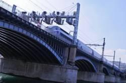 Le viaduc SNCF. 3/4