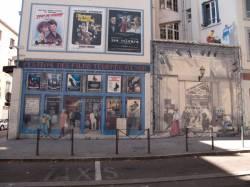"""Place Gabriel-Péri : mur peint """"Mur du cinéma"""""""