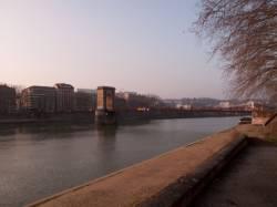 Pont Masaryk vu du quai Joseph-Gillet