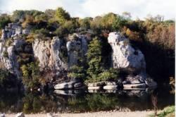 Bord de la rivière Chassezac en Ardèche