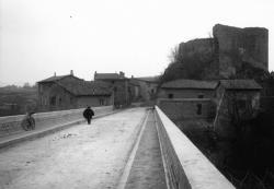 [Le pont Neuf à Francheville]