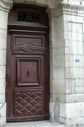 [4 rue de la Loge : porte et imposte]