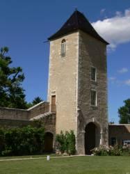 Tour du château de Saint-Bernard