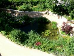 Les jardins du château de Saint Bernard