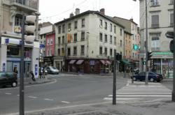 Intersection rue Saint-Pierre de Vaise, Grande rue de Vaise et quai Arloing