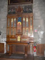 Église Sainte-Blandine : petit autel de chêne peint