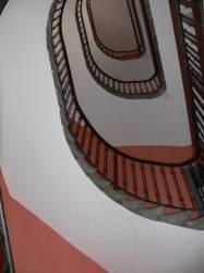 Habitation bon marché : escalier