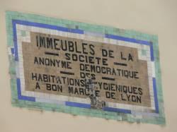 Plaque au mon de la société de construction des immeubles à bon marché de Lyon
