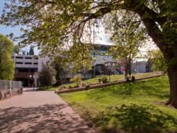 Le centre d'échanges vu depuis la place Carnot