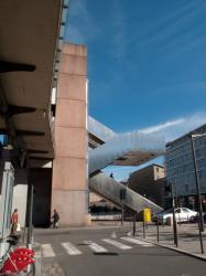 La gare de Perrache vue depuis la place des Archives