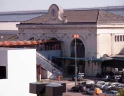 La gare vue depuis la terrasse ouest du centre d'échanges de Perrache