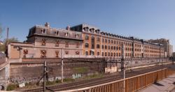 La Manufacture des Tabacs, la maison du directeur, travaux du T4, vue depuis le boulevard des Tchécoslovaques