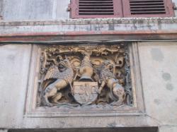 Armoiries de Guyonnet de la Bessée, sur la maison du même nom
