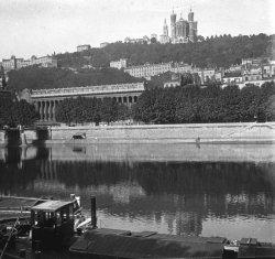La Saône, le palais de Justice et la basilique de Fourvière