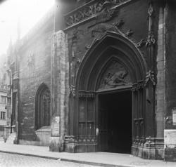 Porche de l'église Saint-Paul