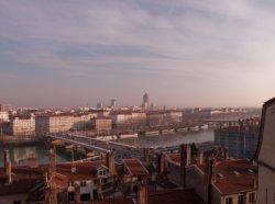 Panorama sur Lyon depuis la rue des Fantasques