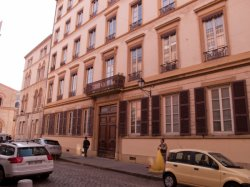 Un Immeuble sur la place d'Ainay
