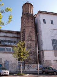 Hôpital Edouard-Herriot : la cheminée vue depuis rue Trarieux