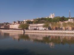 Le Palais de justice vu du Quai Saint-Antoine
