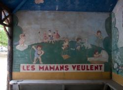 Le Jardin des Tout-Petits à Villeurbanne : le préau