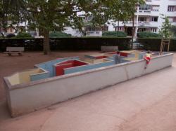 Le Jardin des Tout-Petits à Villeurbanne : le labyrinthe
