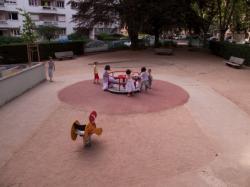 Le Jardin des Tout-Petits à Villeurbanne : le tourniquet