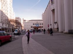 L'Hôtel de ville sur l'avenue Aristide-Briand