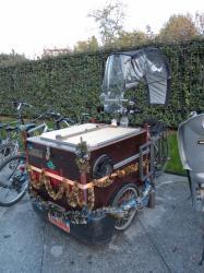 Un tricycle personnalisé rue Docteur Bouchut