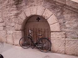 La Montée du Perron vue de la rue Burdeau
