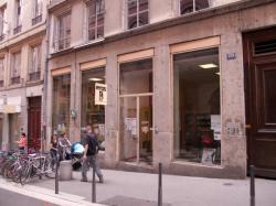 L'atelier mécanique cycle dans la rue Saint-Polycarpe