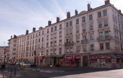 Boulevard Vivier-Merle : immeubles anciens