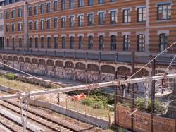 Le chantier de prolongement de la T4 et la Manufacture des Tabacs vus du boulevard des Tchécoslovaques