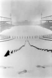 [Le Stade de Gerland sous la neige]