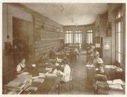 [La Bibliothèque Municipale, Villeurbanne, vers 1934]