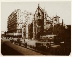 [Place des Cordeliers vers 1933]