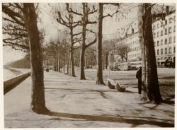 [Place Tolozan avant l'axe nord-sud, vers 1938]