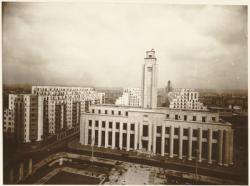 [Villeurbanne, l'hôtel de ville, vers 1934]