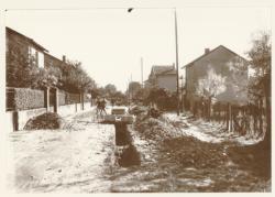 [Lotissement Jardins et Foyers à Villeurbanne : pose de canalisations de chauffage urbain]
