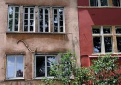 Fenêtres et façades en bord de Saône 04/10 : Virgule