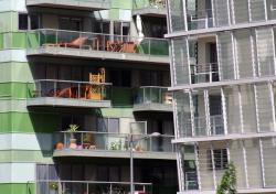 Fenêtres et façades en bord de Saône 09/10 : Un certain penchant