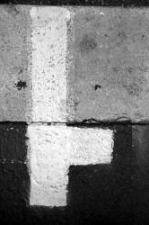 Ponts et passerelles 07/39 : Marquage sur trottoir