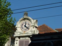 Horloge du groupe scolaire Jean Jaurès, Lyon 6ème