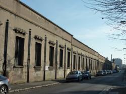 Façade de l'ancienne usine RVI [Renault-Véhicules-Industriels]