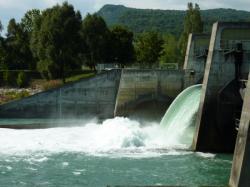Barrage de Champagneux sur le Rhône
