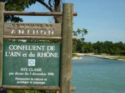 Confluent de l'Ain et du Rhône à Anthon en Isère
