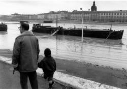 Inondation sur le quai Victor Augagneur